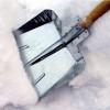 Зимове прибирання прилеглої території